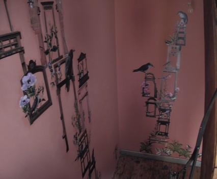 Blick zurück auf den Treppenabsatz zum ersten Stockwerk